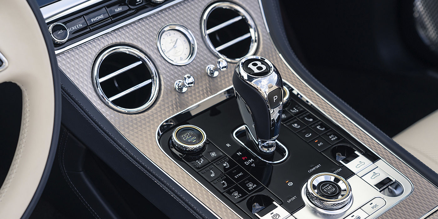 Bentley-Continental-GT-Mulliner-Convertible-brushed-metallic-veneer-on-front-centre-console